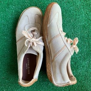 Women's Clark Shoes Brown/Tan Size 7